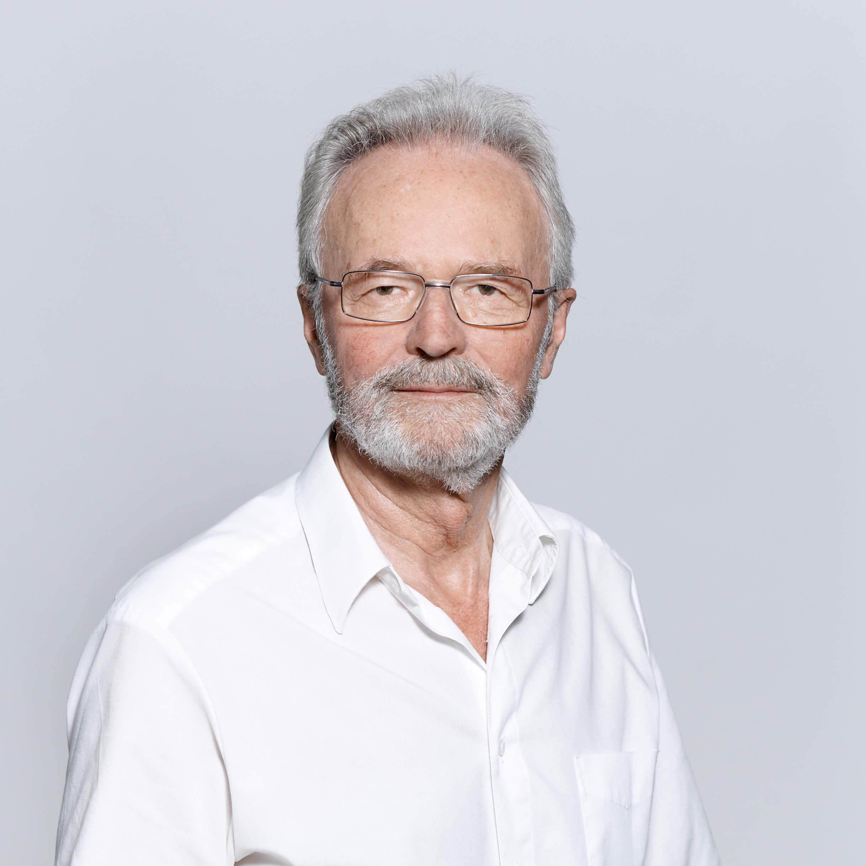 Prof Knebel